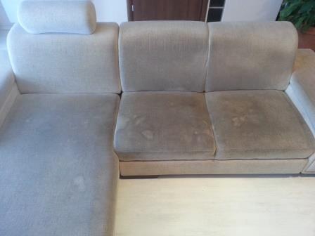 kanapé tisztítás előtt nagyon koszos
